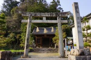 高田神社参道