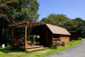 チロリン村キャンプグランドーキャビンー