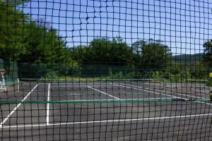 チロリン村キャンプグランドーテニスコートー