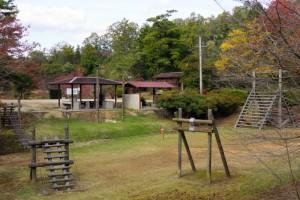 亀島キャンプ場ーアスレチック広場ー