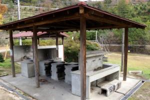 亀島キャンプ場ー炊事棟ー