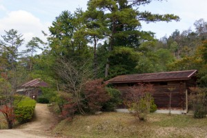 亀島キャンプ場ー休憩舎・トイレ棟ー