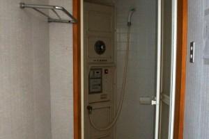経ヶ丸オートキャンプ場ーシャワー室ー