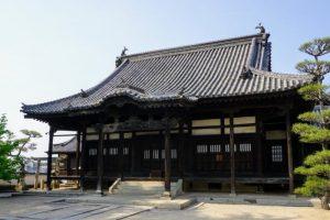観龍寺本堂