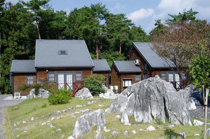 草間自然休養村 カルスト山荘ーヴィラージュ・カレンフェルトー