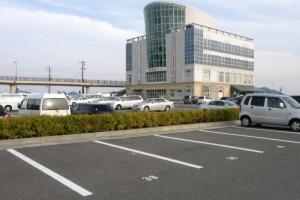 玉野産業振興ビル駐車場