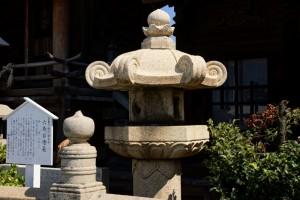 六角石燈籠ー羽黒神社ー