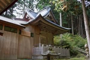 本殿ー茅部神社ー
