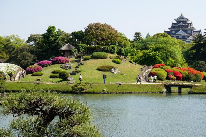 okayama-korakuen-okayama-castle
