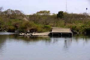 対岸の港ー水江の渡し跡ー