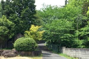 池田家墓所入口