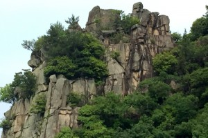 石畳神社ご神体