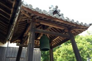 鐘楼ー鯉喰神社ー