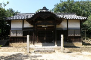 御崎神社拝殿