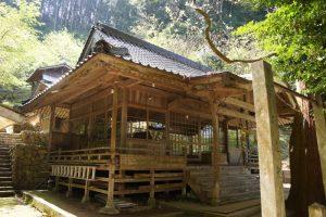 千磐神社拝殿