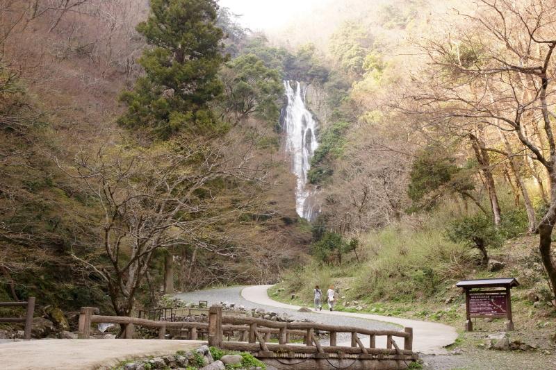 滝見橋ー神庭の滝ー
