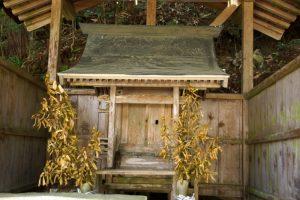 草刈神社本殿