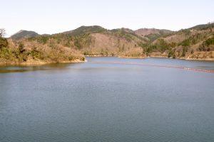 湯原ダム湖