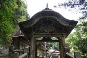 本門ー穴門山神社ー