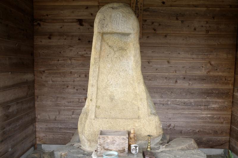 矢田の石仏