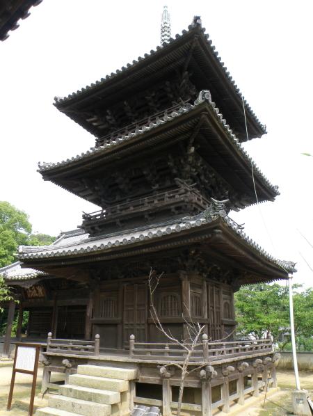 三重塔ー本蓮寺ー