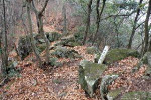 上の石門跡ー天神山城ー