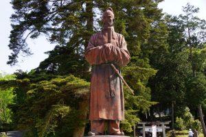 和気清麻呂公銅像ー和気神社ー