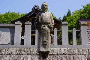 気清麻呂公像ー和気神社ー