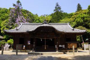 拝殿ー由加神社ー