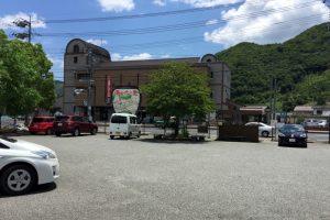 JR伊部駅前観光駐車場