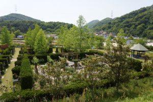 俯瞰するとー深山イギリス庭園ー