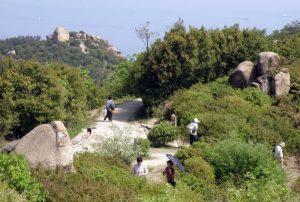 巨岩・奇岩の王子が岳
