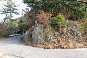 千人岩付近ー常山城跡への車道ー