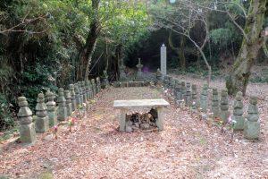 女軍墓ー常山城跡ー