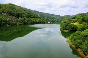 ダム湖ー八塔寺川ダム公園ー