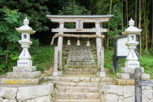 参道ー八塔寺 日吉神社ー