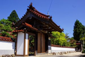 庫裡の門ー本宮山円城寺ー
