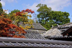 町家の屋根ーかもがた町家公園ー
