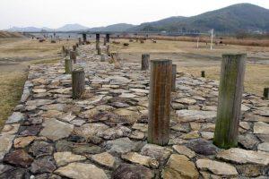 中世の橋跡ー百間川遺跡ー