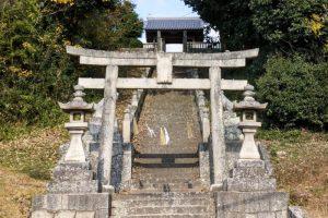 石高神社参道