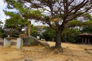三勲神社跡
