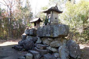 新庄山城跡石鉄山神社