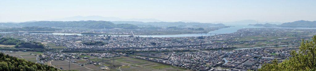 吉井川・岡山平野・児島湾方面パノラマー芥子山山頂よりー