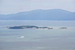 犬島・小豆島方面ー八丈岩よりー