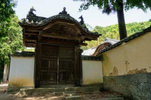 客殿への門ー金山寺ー