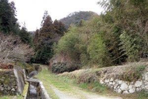 徳倉城跡搦手登山口