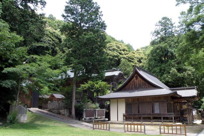 志呂神社境内