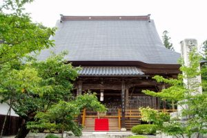 日応寺本堂