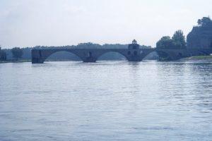 サン・ベネゼ橋ーアヴィニョンー