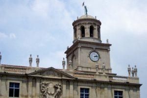 市庁舎の時計台ーレピュブリック広場ー